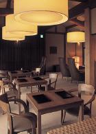 むしやしない・茶菓席 京都:堺町店の茶菓席の店内