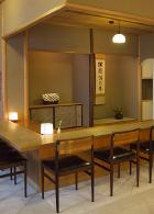 むしやしない・茶菓席 東京:丸の内茶菓の店内