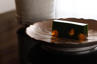 堺町店 茶菓席 夏の季節限定メニュー 笹ほたる(抹茶又は水出し煎茶付き)