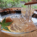 堺町店 茶菓席 夏の季節限定メニュー ながれ梅(煎茶付き)